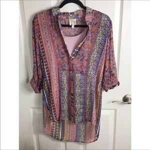 3/25$🌈 Fig & Flower 2 Piece Paisley Blouse NWOT